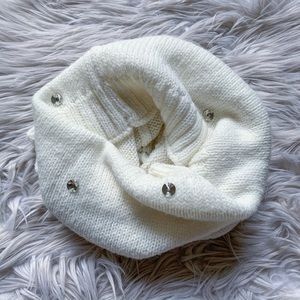 Victoria's Secret Jeweled Soft Sweater Scarf Snood